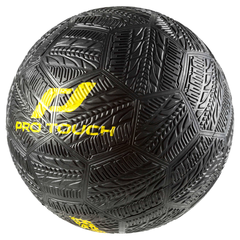 asfalt-soccer-ball_239730_900_f1